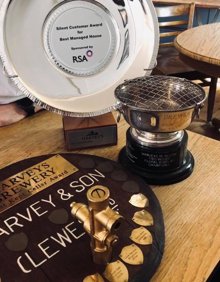 blackboys-inn-awards-2019-silent-customer-floral-display-best-kept-cellar