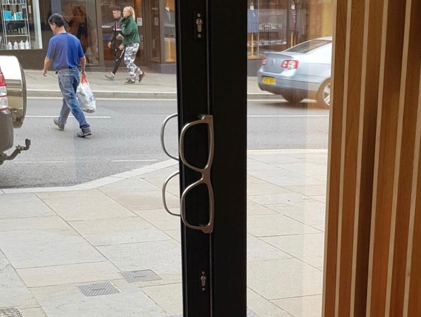barracloughs-spectacles-for-door-handles