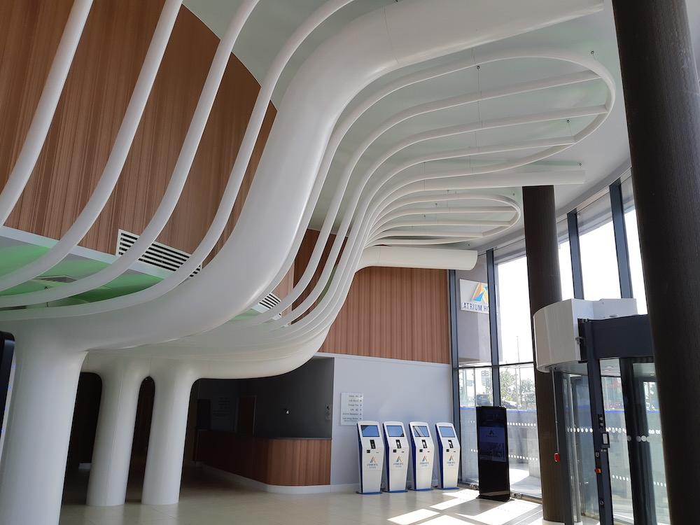 d&d-ceiling-atrium-hotel-heathrow-2