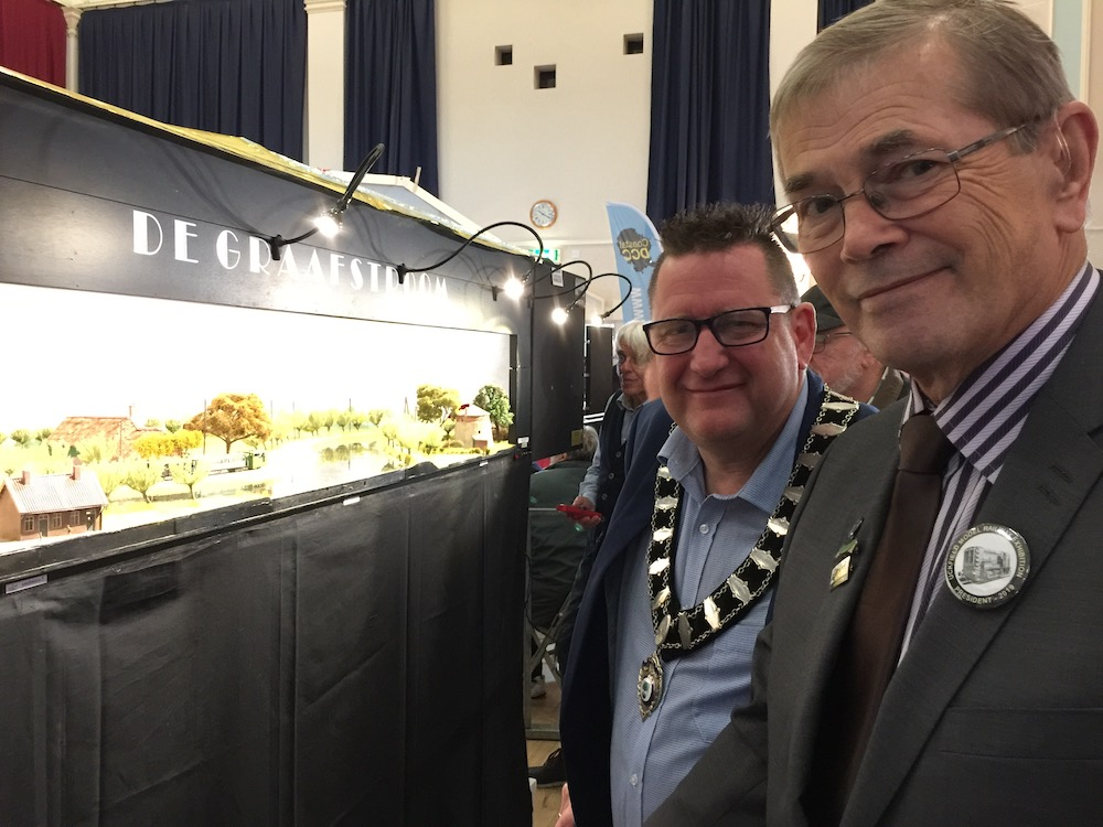 uckfield-model-railway-club-exhibition-spike-mayhew-roger-bradgate