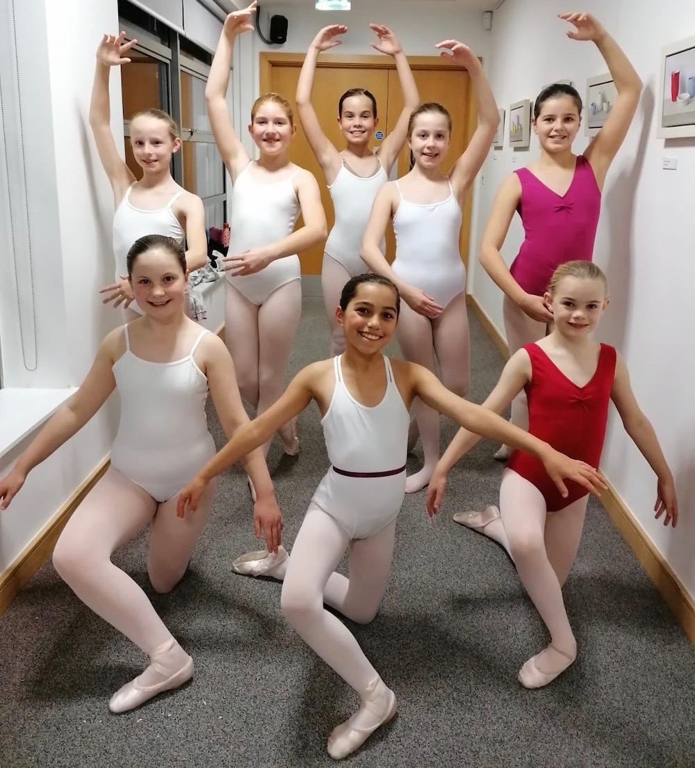 rennie-dance-southern-ballet-kneeling-annabelle-groom-maria-tanner-cara-mclean-standing-evie-ashdown-poppy-jaques-elena-neeter-amelie-oliver